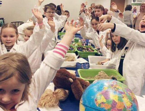 Science Starz had two busy days carrying out workshops at four libraries around Belfast.